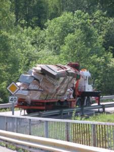 Vrachtwagen door de bocht